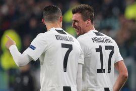 Liga Champions - Gol semata wayang Mandzukic vs Valencia loloskan Juve ke fase gugur