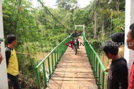TNI harapkan Pemda tingkatkan pembangunan jalan TMMD