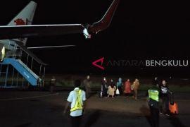 Tabrak tiang bandara, Lion Bengkulu-Jakarta batal terbang