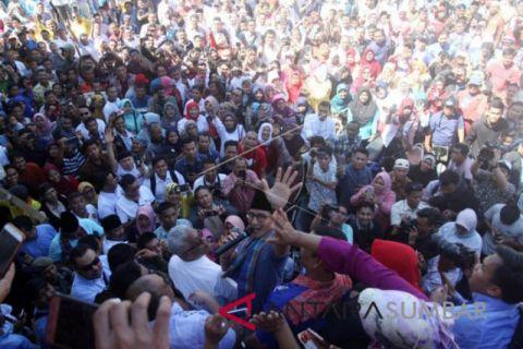 Kunjungi Padang, Sandi janjikan kebijakan ekonomi untuk rakyat