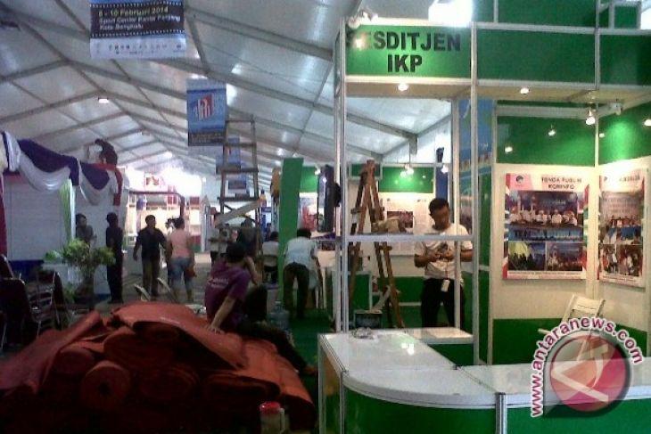 Peserta HPN Expo 2014 siapkan materi pameran