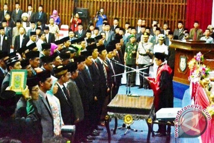 DPRD laporkan hasil reses masa sidang ke-II