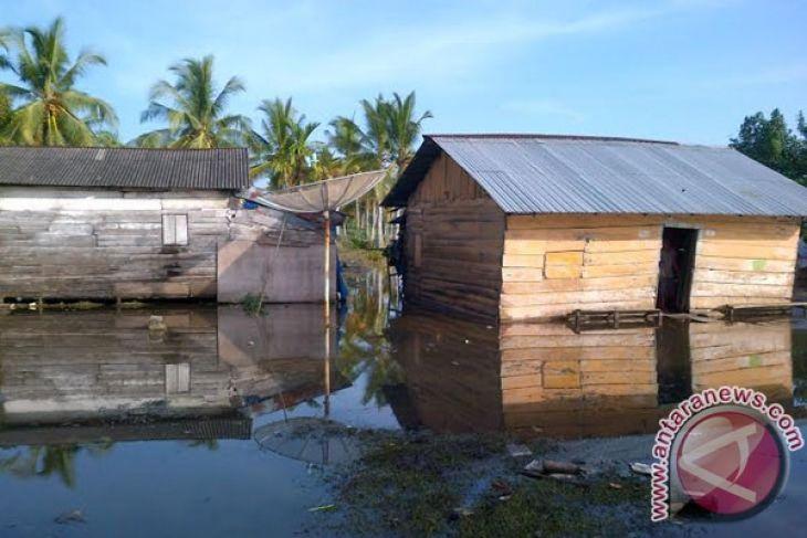 Pemkab Mukomuko Batal Rehabilitasi Rumah Nelayan