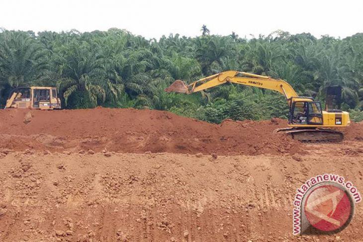 Puluhan hektare lahan belum dicetak jadi sawah
