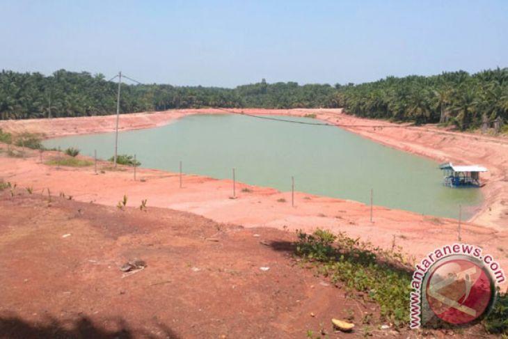 Sembilan pabrik diizinkan buang limbah ke sungai