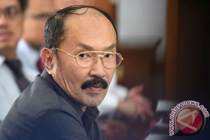 KPK periksa Fredrich Yunadi sebagai tersangka