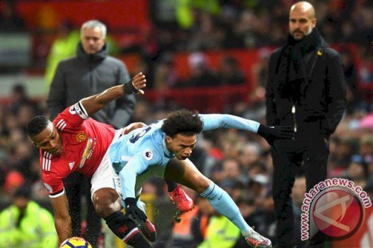 Guardiola kecilkan prospek rayakan gelar saat lawan United