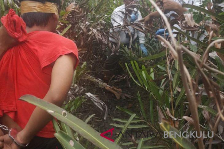 Pelajar Bengkulu dibunuh kekasihnya