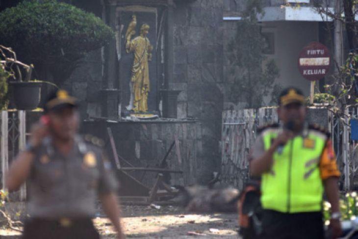 Pelaku bom Surabaya sakit jiwa