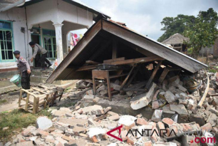 Diguncang gempa 7.0 SR !! BMKG: Lombok waspada tsunami