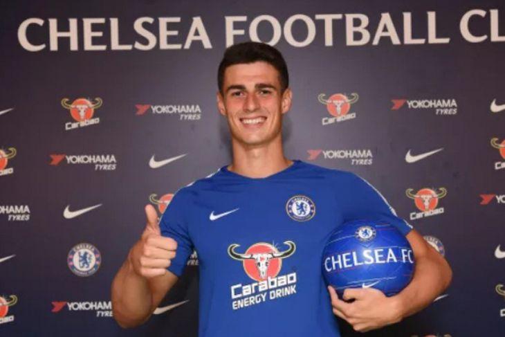 Courtois hengkang, Chelsea pecahkan rekor dunia datangkan Kepa