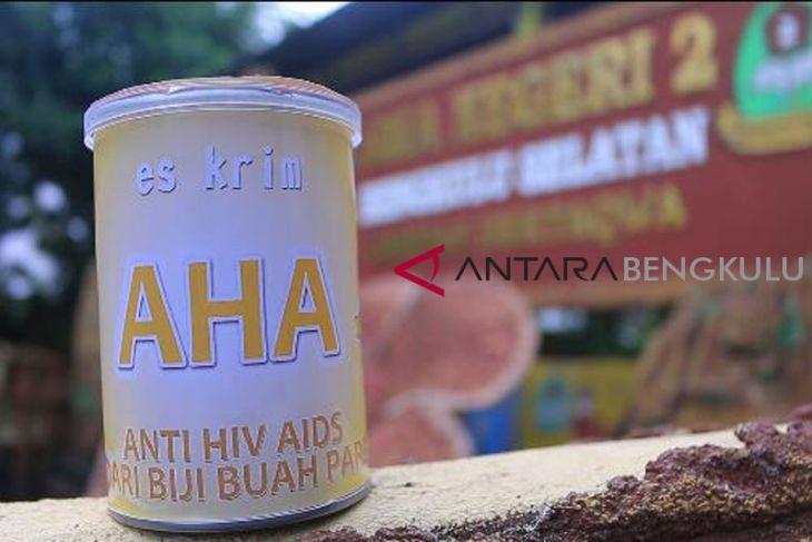 Pelajar Bengkulu Selatan kembangkan es krim penghambat HIV-AIDS