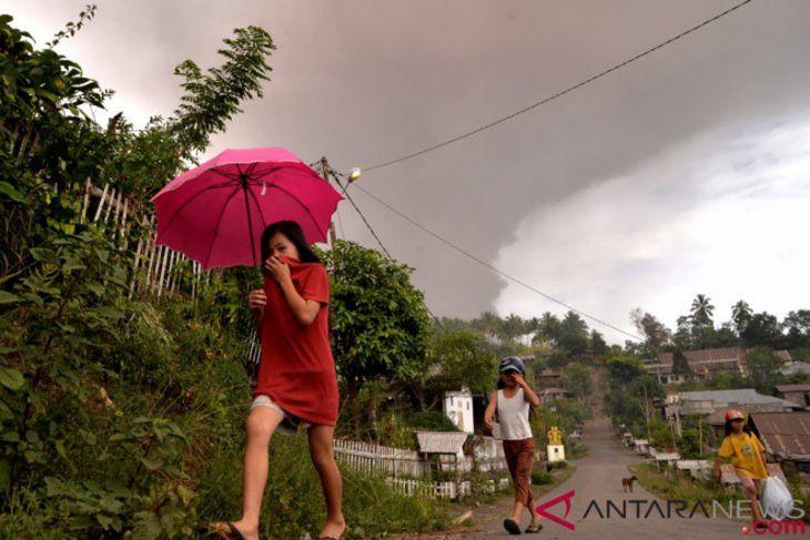 Sejauh ini, Erupsi Soputan belum berdampak di Manado