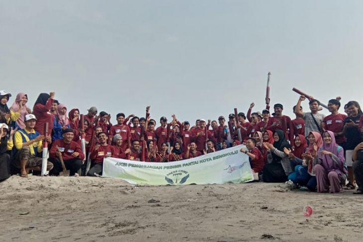 Pemuda-Jurnalis tanam 1.200 bibit mangrove di pondok besi