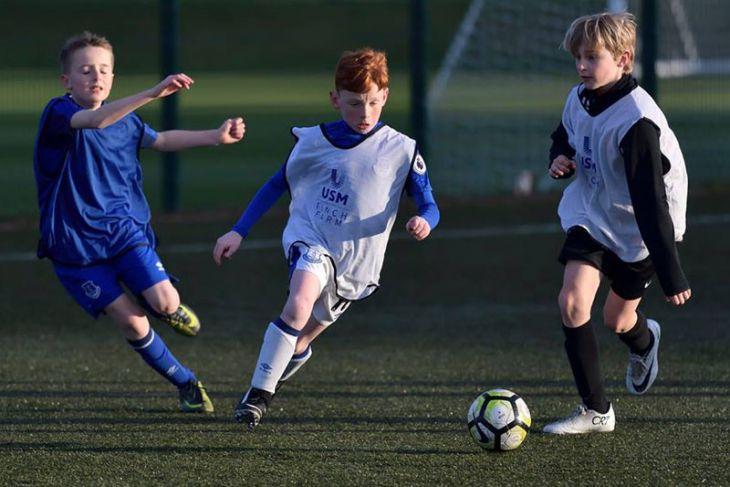 Everton dihukum terkait rekrutmen pemain akademi