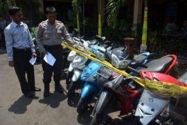 Ada sopir angkot mencuri motor di Bekasi