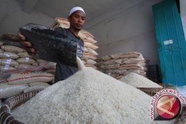 Karawang surplus beras