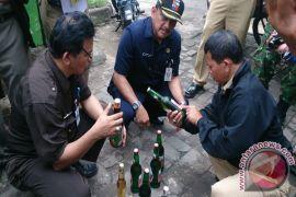 Habis Minum Arak, 13 Warga Kamboja Meninggal Dunia