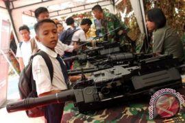 TNI AL edukasi kemaritiman kepada mahasiswa Bekasi