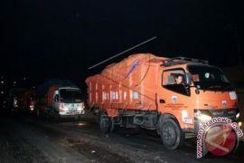 Bekasi batasi jam operasional truk sampah DKI