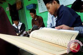 Pesantren di Bandung jadi sasaran belajar mahasiswa Kanada