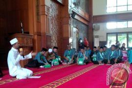 Habib : Kemenag Perlu Sidak Penyelenggara Umrah Ilegal