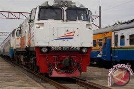 Perjalanan kereta api Sukabumi-Bogor sudah normal