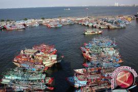 Nelayan Agar Tidak Melaut Di Dekat Anjungan Produksi Migas