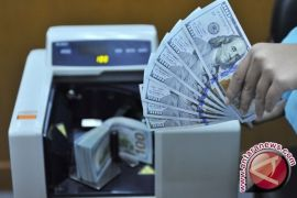 Giliran Kurs dolar AS terus melemah, Ada apa?