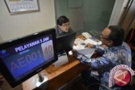 Pelayanan perizinan manual di Karawang ditutup