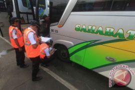 Dishub Sukabumi lakukan pemeriksaan kelaikan angkutan lebaran