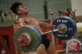 Tim nasional angkat besi Indoensia akan TC ke China, Tapi mundur
