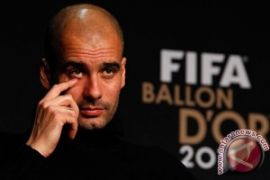 Pep Guardiola perpanjang kontrak dengan City sampai 2021