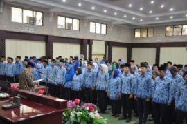 Pejabat Eselon II dan III wajib melaporkan kekayaan