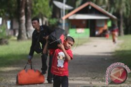 Perahu Bocor, 1.000 Manusia Perahu Diselamatkan Di Laut Tengah