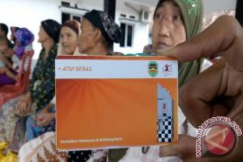 Pemkab Purwakarta Luncurkan ATM Beras Parelek