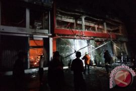 Pasar Baru Jakarta terbakar