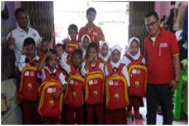 Alfamart Bantu Seragam-Perlengkapan Sekolah Sambut Kemerdekaan
