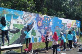 Sepuluh Mahasiswi IPB Unjuk Gigi Dalam Live Painting Agrisymphony 2017