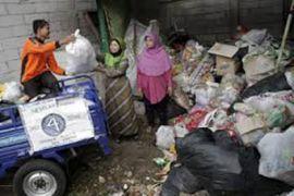 CARE IPB Hadirkan Bank Sampah Di Wilayah Banjir