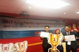 Wafer Dari Enceng Gondok Karya Mahasiswa IPB, Juara I Di Taiwan