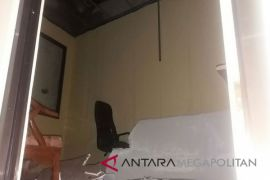 Plafon Ambruk Timpa OB KPU Bekasi