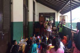 Mobil Curhat Fema IPB Lakukan Trauma Healing Pada Anak-anak Dan Remaja Korban Kebakaran Kampung Gudang Bogor