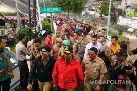Gubernur DKI Jakarta kunjungi Bendung Katulampa (Video)