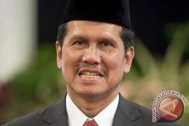 Asman mundur dari jabatan menteri