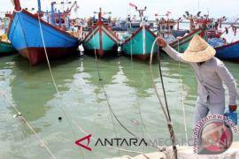 Nelayan keluhkan beroperasinya perahu gunakan pukat harimau