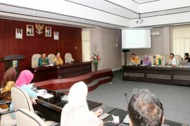 Pemprov Lampung-KEIN Membahas Keunggulan Kopi Robusta