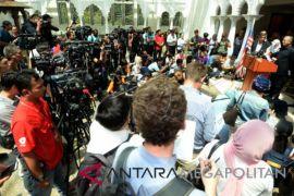 Tragis, apartemen tempat tinggal Najib Razak digrebek polisi