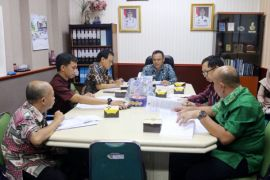 Pemprov Lampung Membahas PI 10 Persen Dari Minyak dan Gas Bumi
