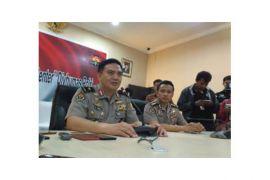 Istri pemilik bahan peledak di Pasuruan ditahan